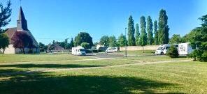 Aire camping-car à Paucourt (45200) - Photo 1